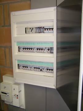 Distribution courant fort:
